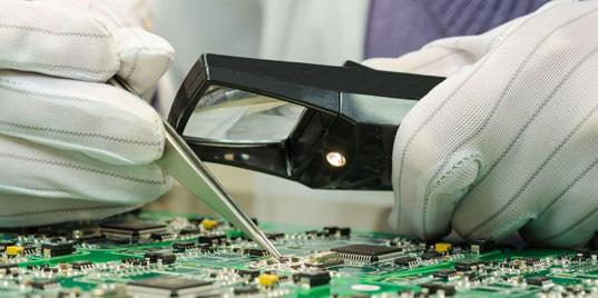 Росэлектроника хочет выпустить первый российский бюджетный смартфон