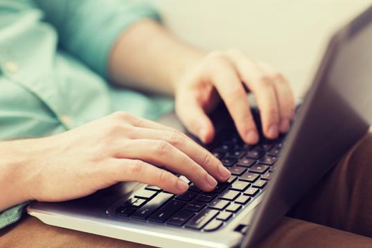 Как удаленно работать копирайтером в интернете и с чего начать новичку